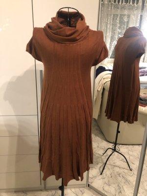 Robe pull brun-cognac