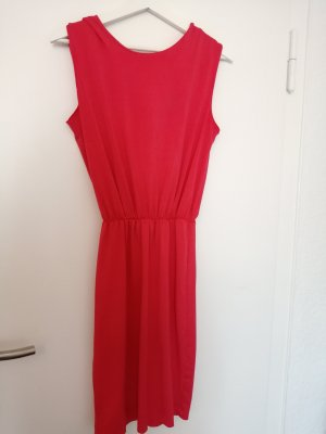 Reserved Robe stretch rouge framboise
