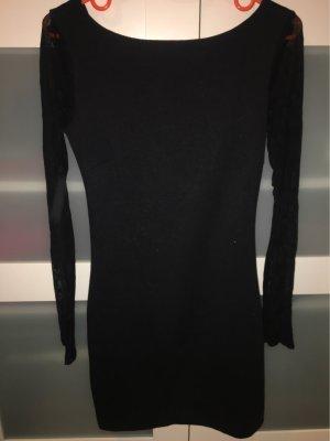 Kleid mit Rückenausschnitt und durchsichtigen Ärmeln, Gr. 36 von Zara