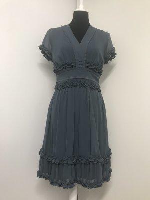 Kleid mit Rüschen blaugrau Gr. 38