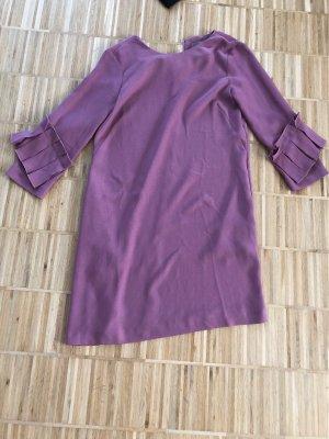 Kleid mit Rüschenärmel