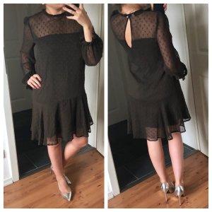Kleid mit Rüschenenden , transparenten Details