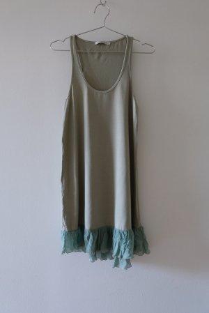 Kleid mit Rüschensaum