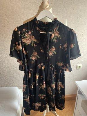 Kleid mit Schleife und Blumenmuster ZARA