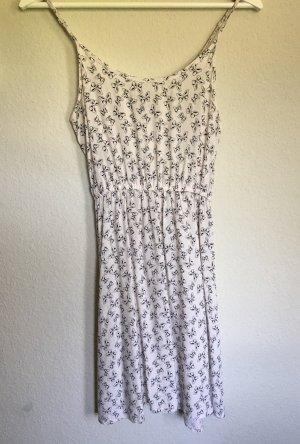 Kleid mit Schmetterlingen von Brandy Melville