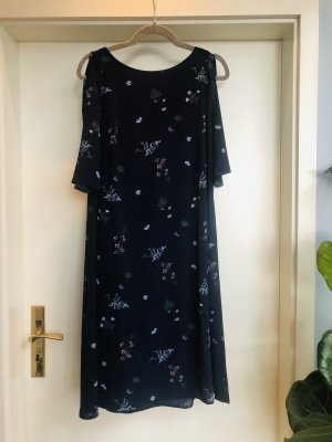 Kleid mit Schulter Cut-Outs