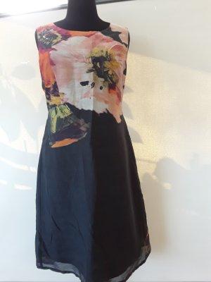 Kleid mit Seide von Evelin Brandt