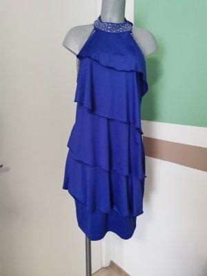 Kleid mit silbernen Steinchen