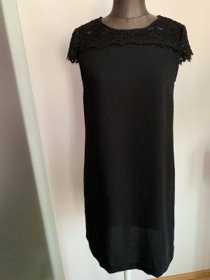 Kleid mit Spitze Gr 36 38 S von Zara