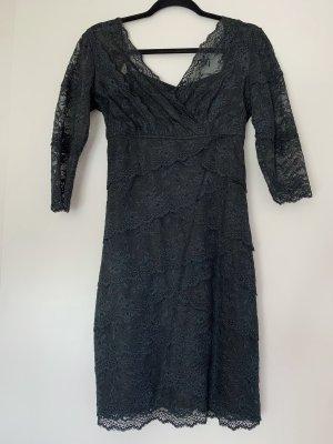 Kleid mit Spitze Größe S 36 Schwarz