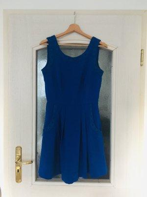 Kleid mit Spitze Louche Blau