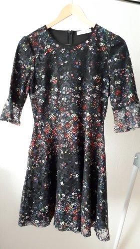 Kleid mit Spitze und Blümchenprint
