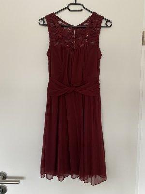 BODY FLIRT Cocktail Dress bordeaux