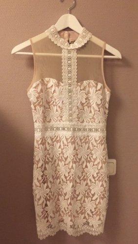 Kleid mit Spitze von New Look