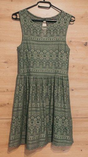 Kleid mit Spitzen Muster