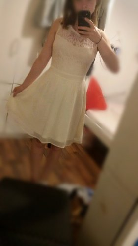 Kleid mit Stickerei (Gr. 36)