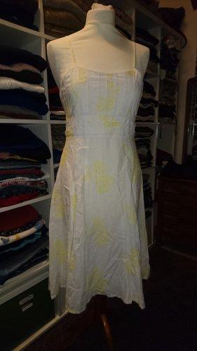 Kleid mit Stickerei von Jake's in Gr. 38