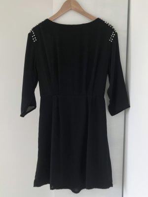 Kleid mit Strassdetail