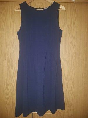 Kleid mit Tellerrock