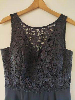 Kleid mit Umhang