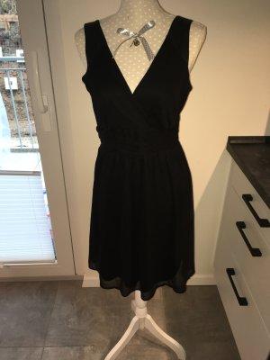 Kleid mit V Ausschnitt und Pailletten