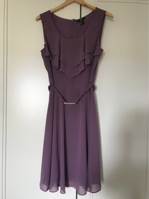 Kleid mit Volants Gr 38