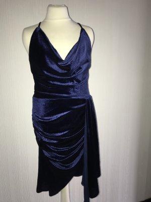 Kleid mit Wasserfallausschnitt, Samt