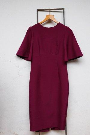 Kleid mit weiten Ärmeln