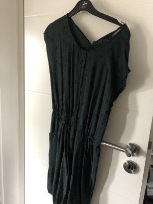 Kleid Naketano