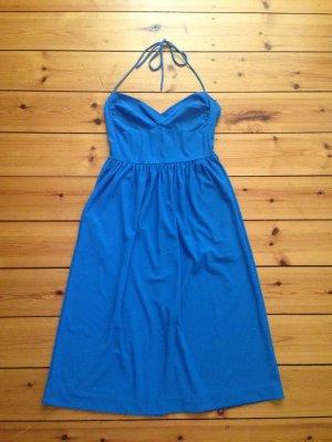 Sukienka z dekoltem typu halter niebieski