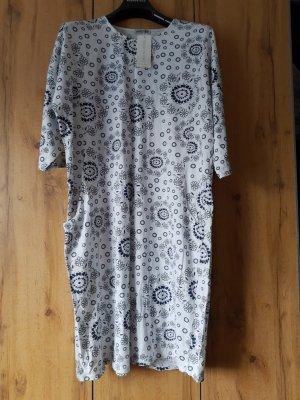 Robe Babydoll blanc-bleu foncé coton
