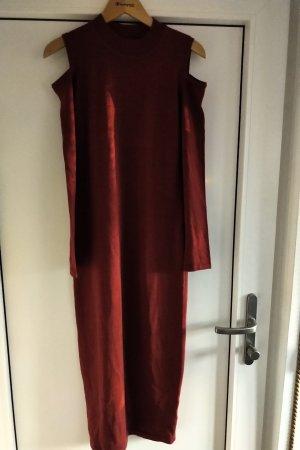 Belle Vere Robe en laine rouge carmin-bordeau