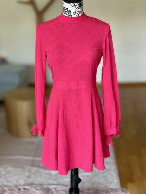 Kleid  / NEU mit Etikett /