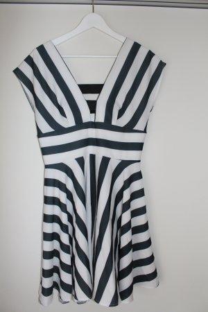 Kleid neu mit Etikett Gr.M schwarz weiß Love (ASOS)