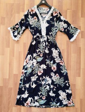 Kleid Neuwertig