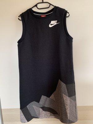 Kleid Nike