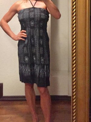 Kleid oder Rock