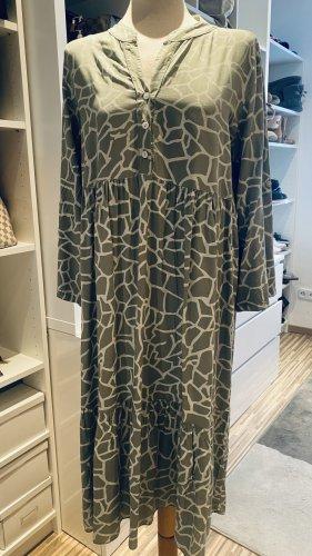 Kleid Oversize 42-44 Heart Kiss Pastell grün 3/4 Arm wie Neu