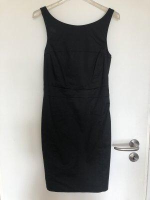 Patrizia Pepe Vestido ceñido de tubo negro