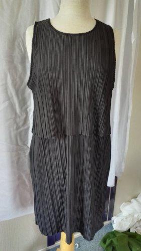 Kleid Plissee