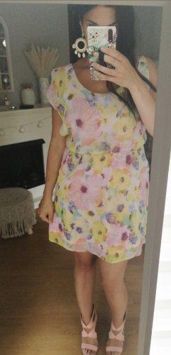 Kleid rosa gelb blogger hipster boho Volants