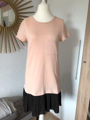 Kleid rosa schwarz mit Plissee-Saum, Gr. L von Pimkie