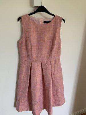 Kleid rosafarben / schimmernd / Hallhuber 40