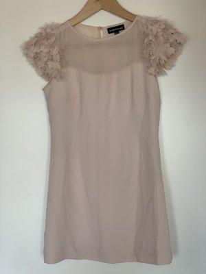 Kleid Rosé mit Federärmel