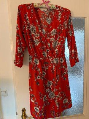 Kleid rot-weiß