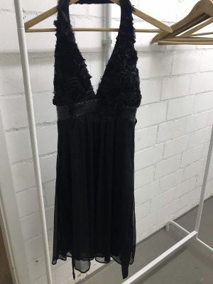 Kleid Rücken frei