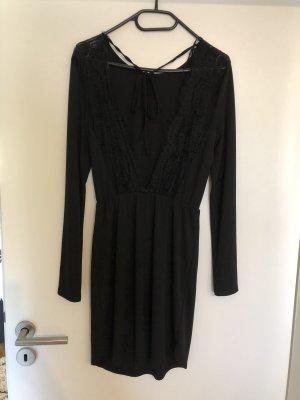 Kleid rückenfrei mit Spitze