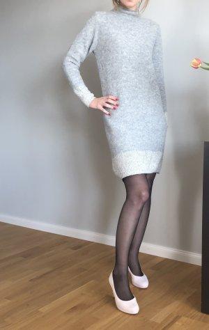 s.Oliver Robe en maille tricotées gris clair