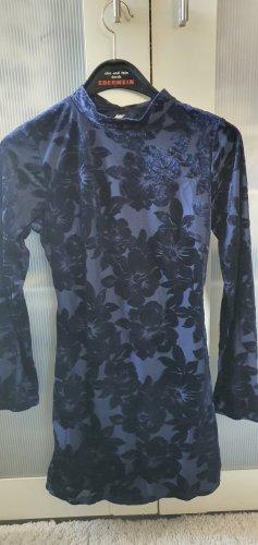 Kleid Samt