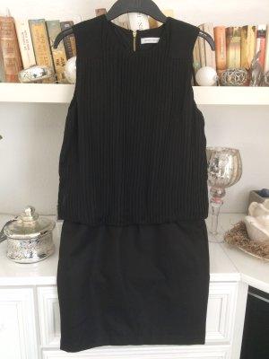 Kleid / schwarz / Gr. 34 / Selected